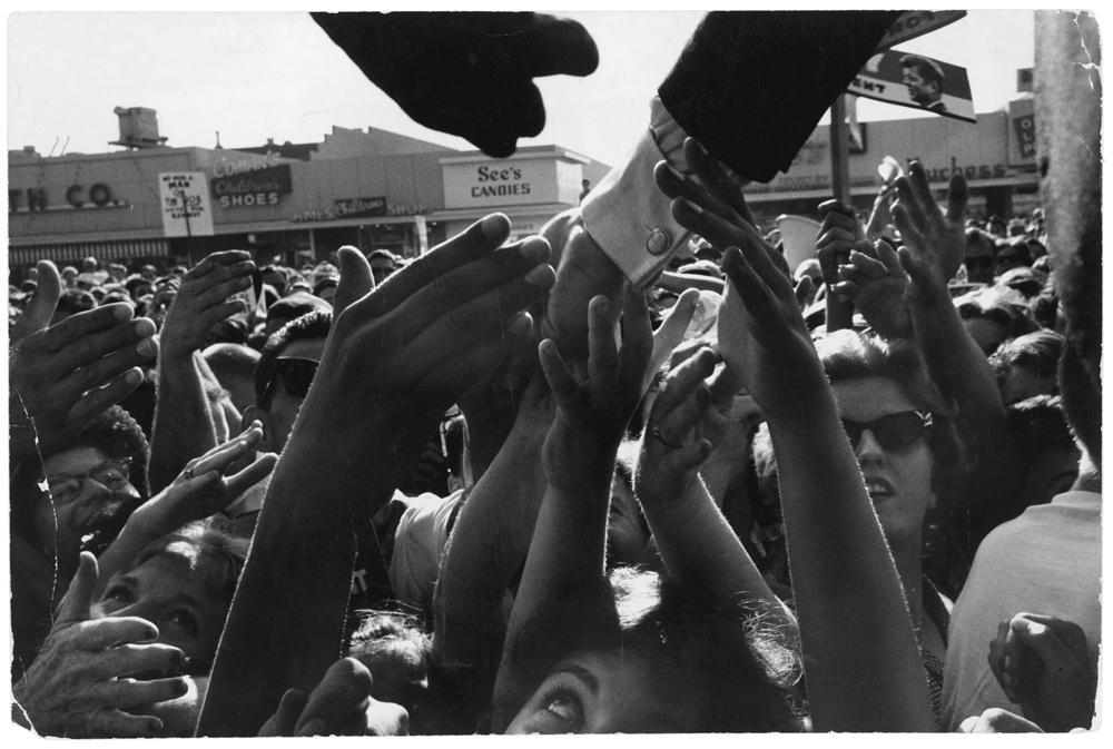 (c) Cornell Capa-Magnum Photos