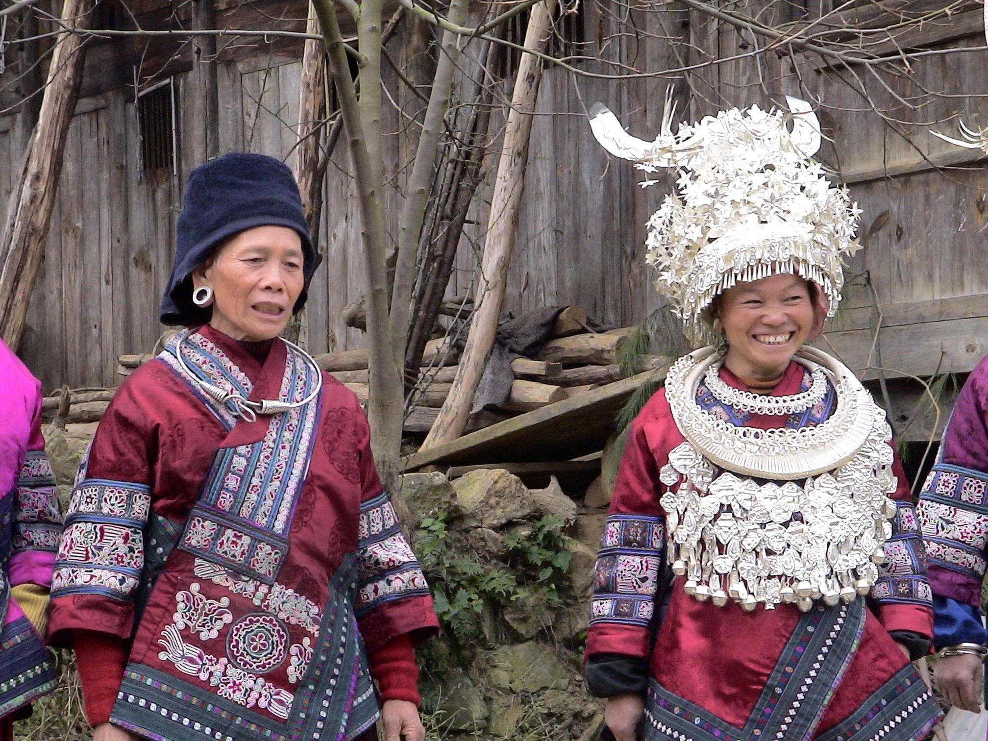 Guizhou-2006-femmes-du-Groupe-Miao-Geyi
