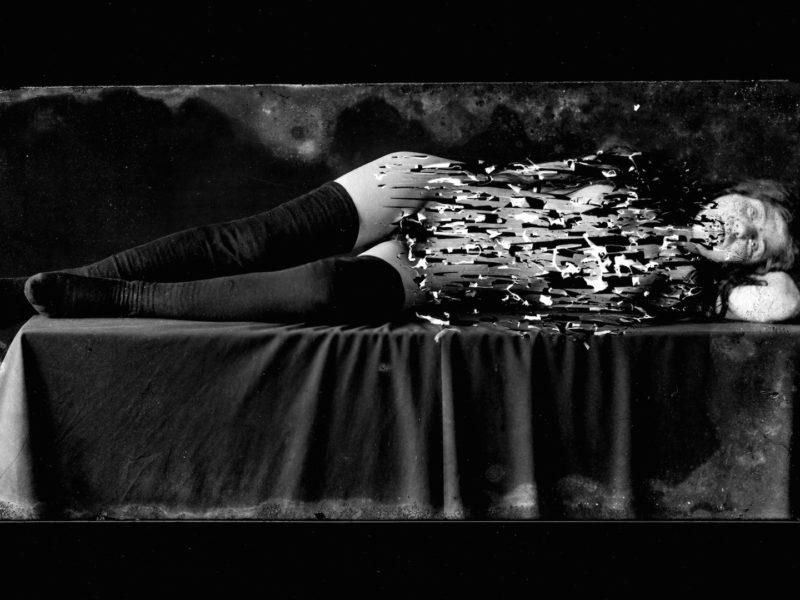 """Portfolio sur les photographies de Nino Migliori, """"La matière des rêves"""" à la MEP, Paris. Jusqu'au 25.02.2018"""