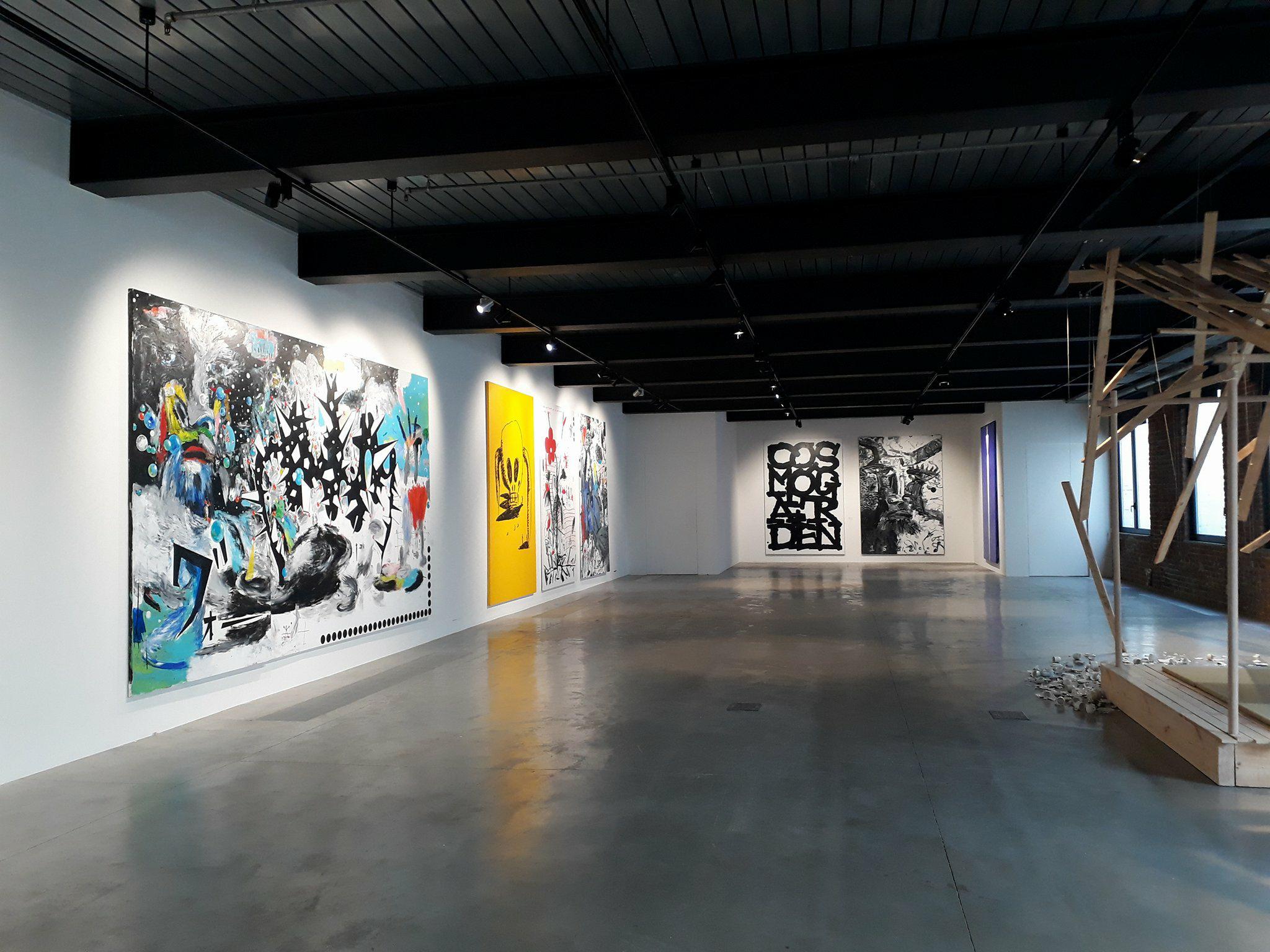 © photo Hangar – exposition Aki Kuroda 5