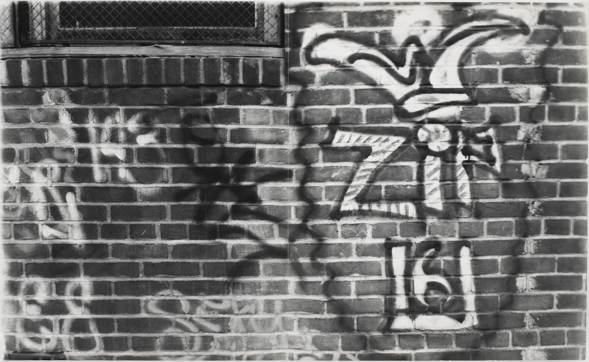 Gordon Matta-Clark Graffiti, 1973. Courtesy The Estate of Gordon Matta-Clark et David Zwirner, New York / Londres / Hong Kong. © 2018 The Estate of Gordon Matta-Clark / ADAGP, Paris