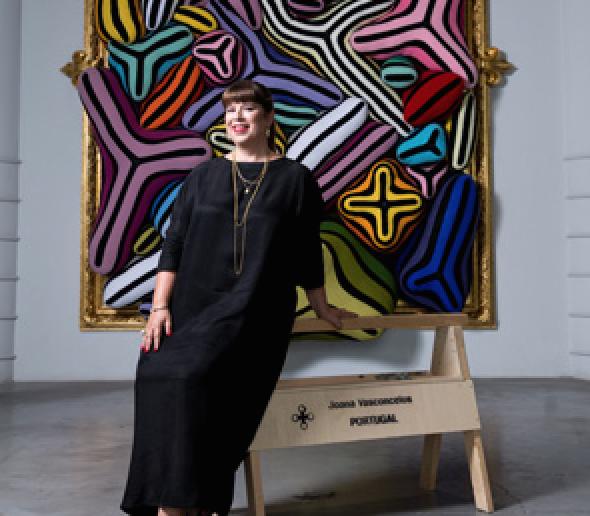 Joana Vasconcelos plante son oeuvre pleine d'humour dans le décor du Musée Guggenheim de Bilbao du 29 juin au 11 novembre