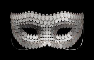 Joana Vasconcelos  I'll Be Your Mirror 2018 Bronce y espejos  356 x 682 x 537 cm  Edición de 7 + 1 PA  Colección de la artista