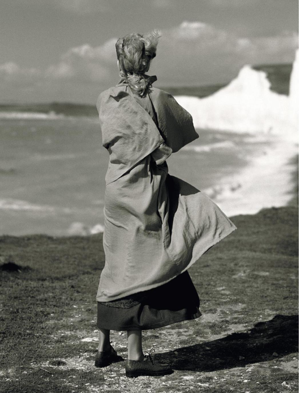 Esther Wentzel, 1987. © Albert Watson