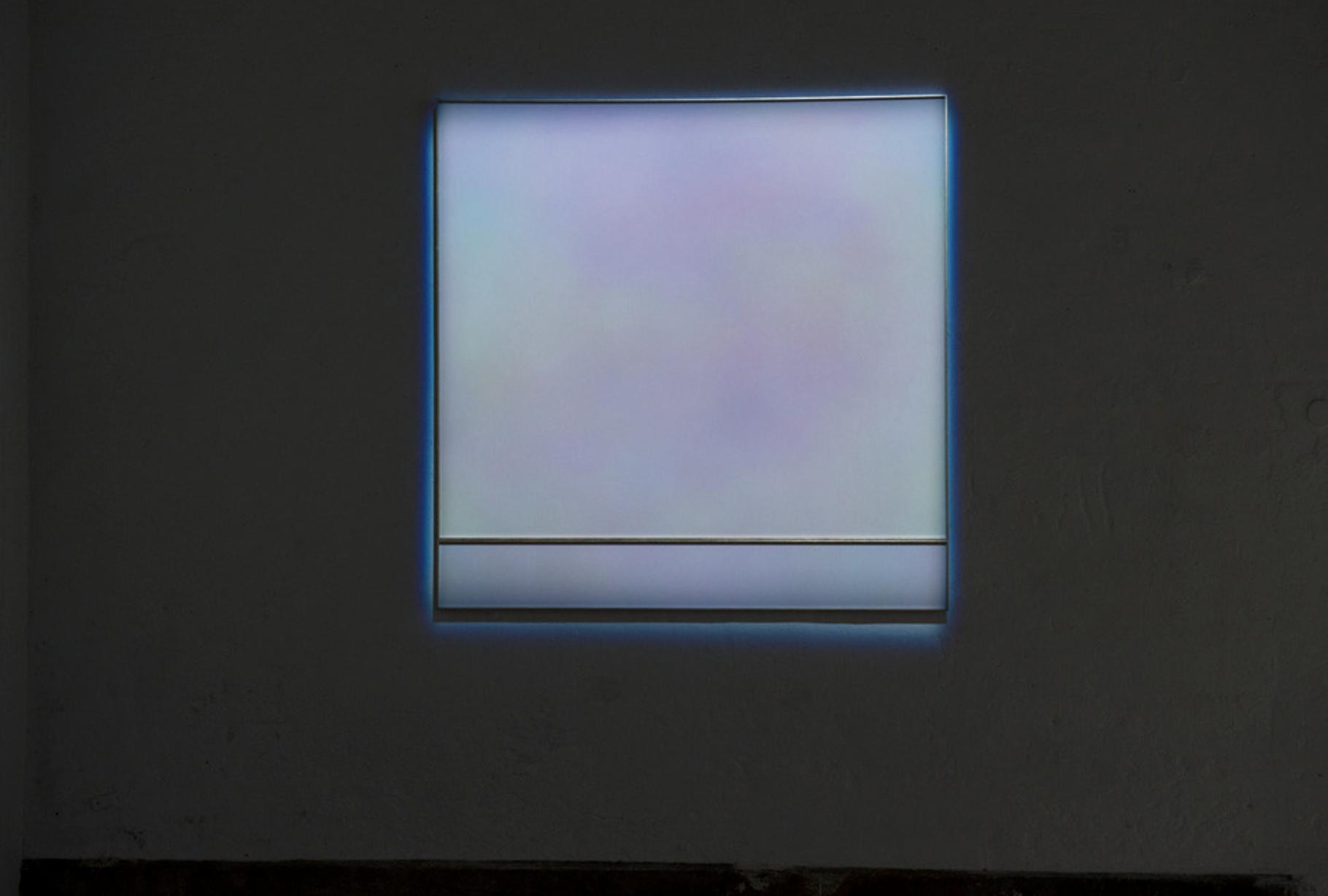  Cameo – 2018 – vidéo 20 min  Font – 2019 – mousse de polystyrène, peinture, liquide de cristallisation, limaille de cuivre – 91 x 81 cm © Courtesy de l'artiste et RCM Galerie, Paris