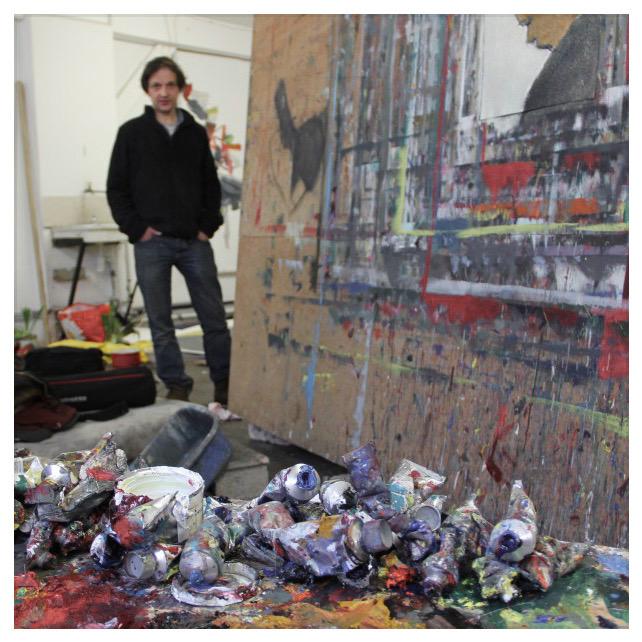 Portrait de Damien Cabanes dans son atelier courtesy/artvisions2016