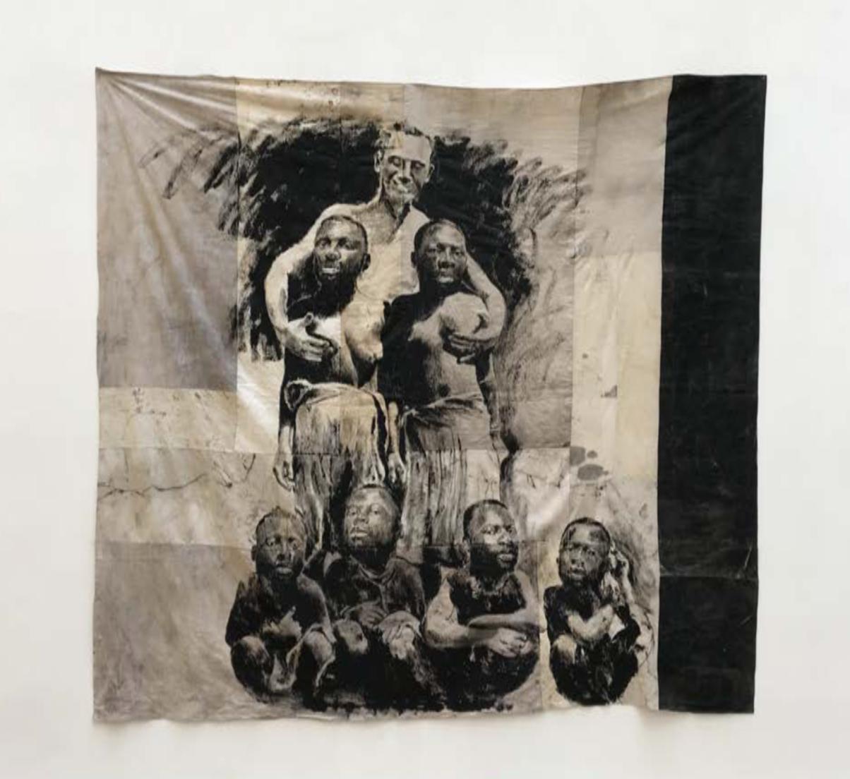 ROMÉO MIVEKANNIN  «Soldat américain avec ses mains sur les seins de deux jeunes filles», Papouasie-Nouvelle-Guinée, 1944, 2020 Acrylique, bains d'élixir sur toile libre,  247 x 258 cm Courtesy galerie Eric Dupont, Paris.