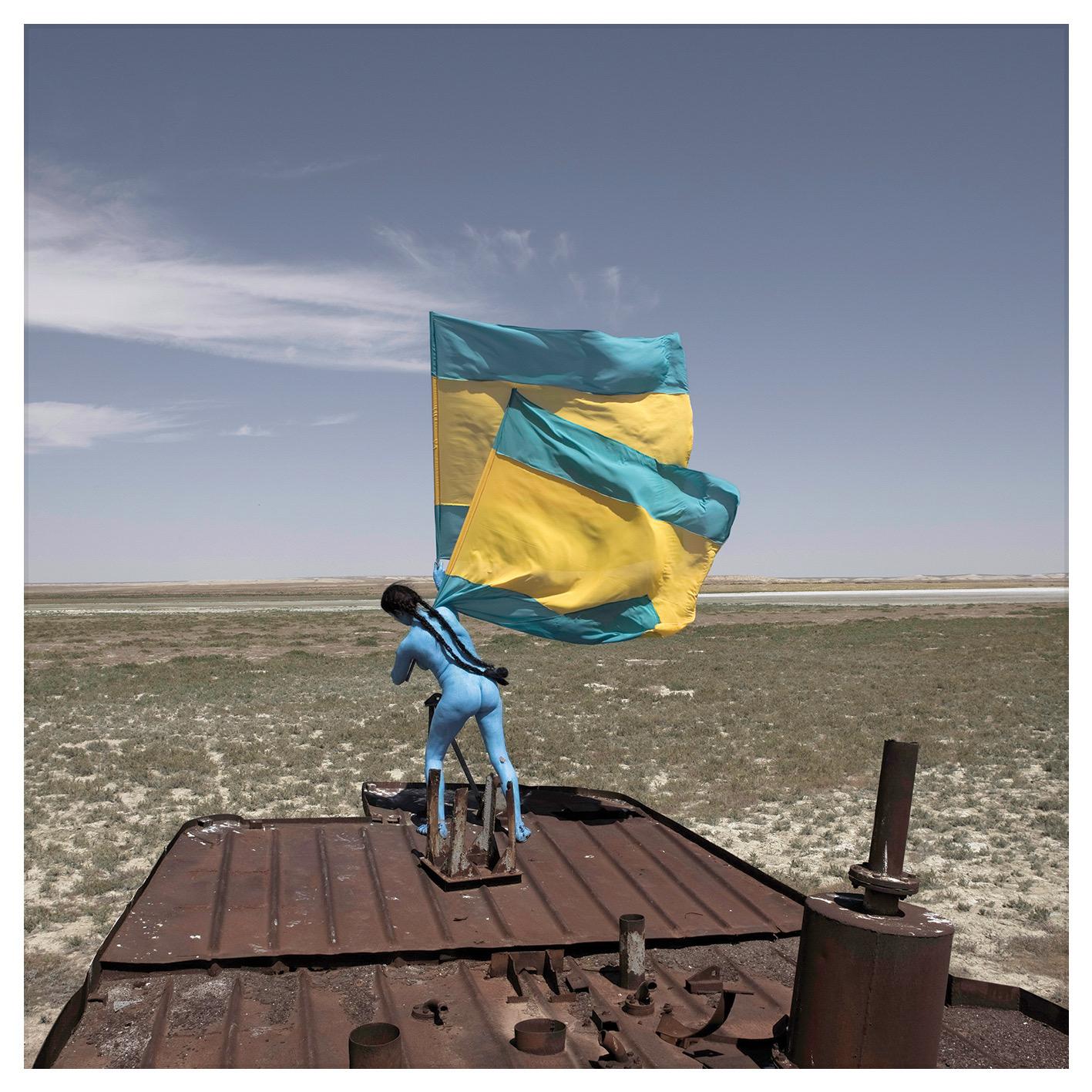 Sarah Trouche -Aral Revival -performance au Kazakhstan sur la mer d'Aral assechÇe Trouche@ADAGP 2