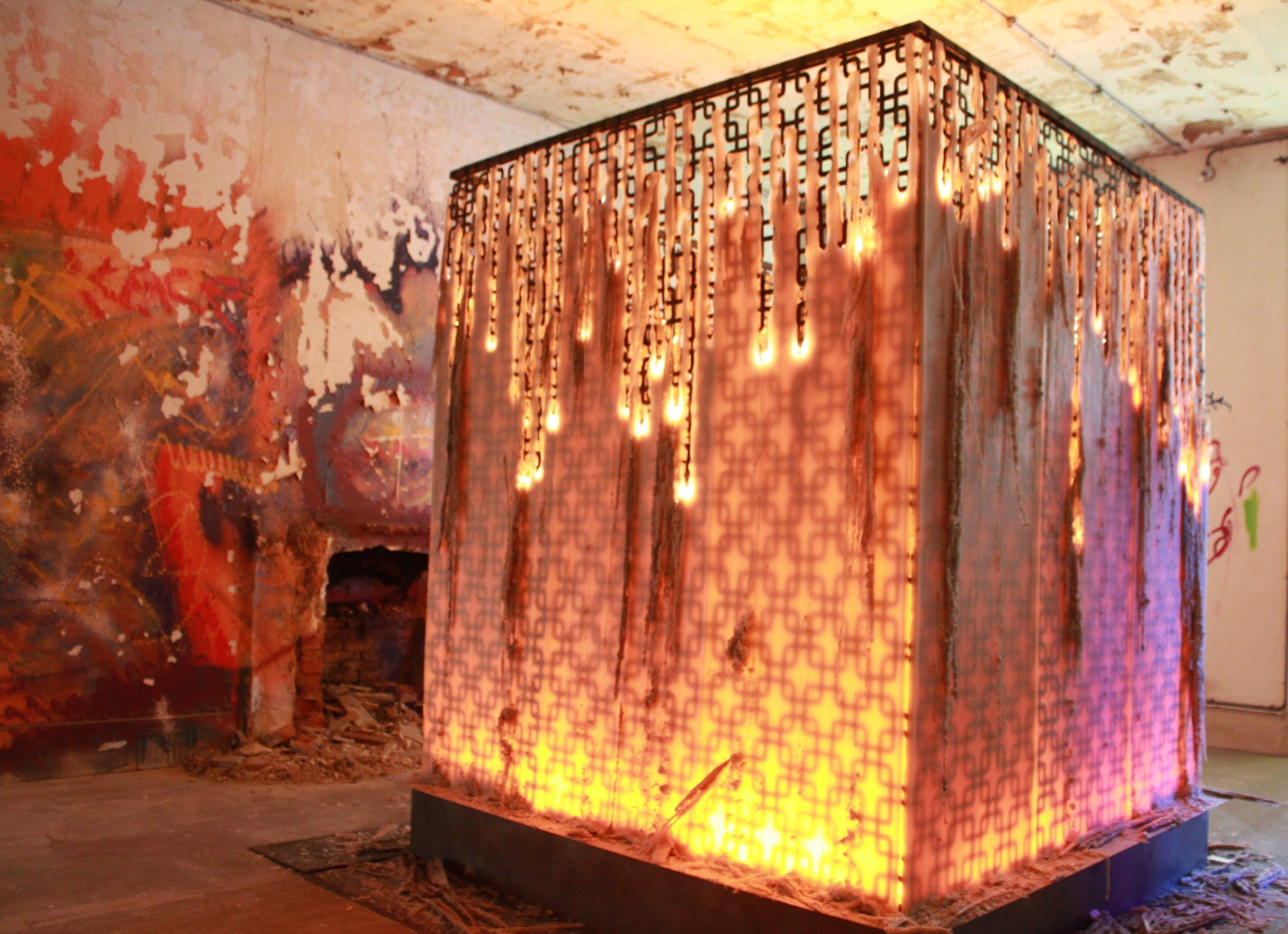 GARDEN PARTY URBEX installation Juliette Minchin 2 credit Juliette Minchin 2020