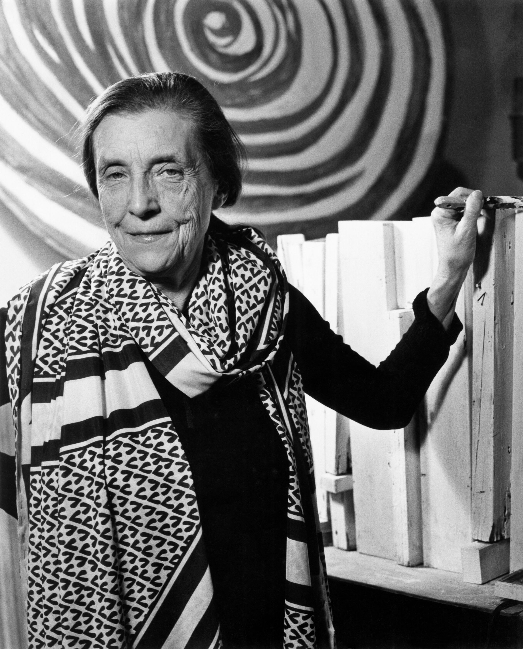 BOURGEOIS LOUISE-hires-2 Louise Bourgeois in 1978. Photo: Carollee Pelos / Art © The Easton Foundation / 2020, ProLitteris, Zurich