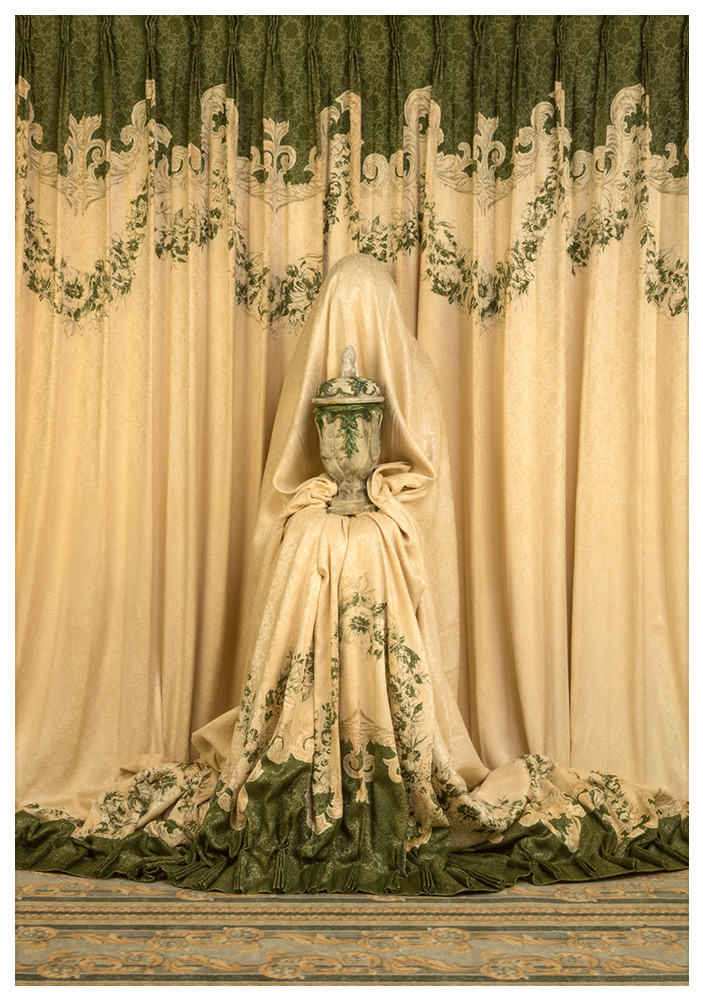 Patty Carroll, Urn, galerie XII, Paris