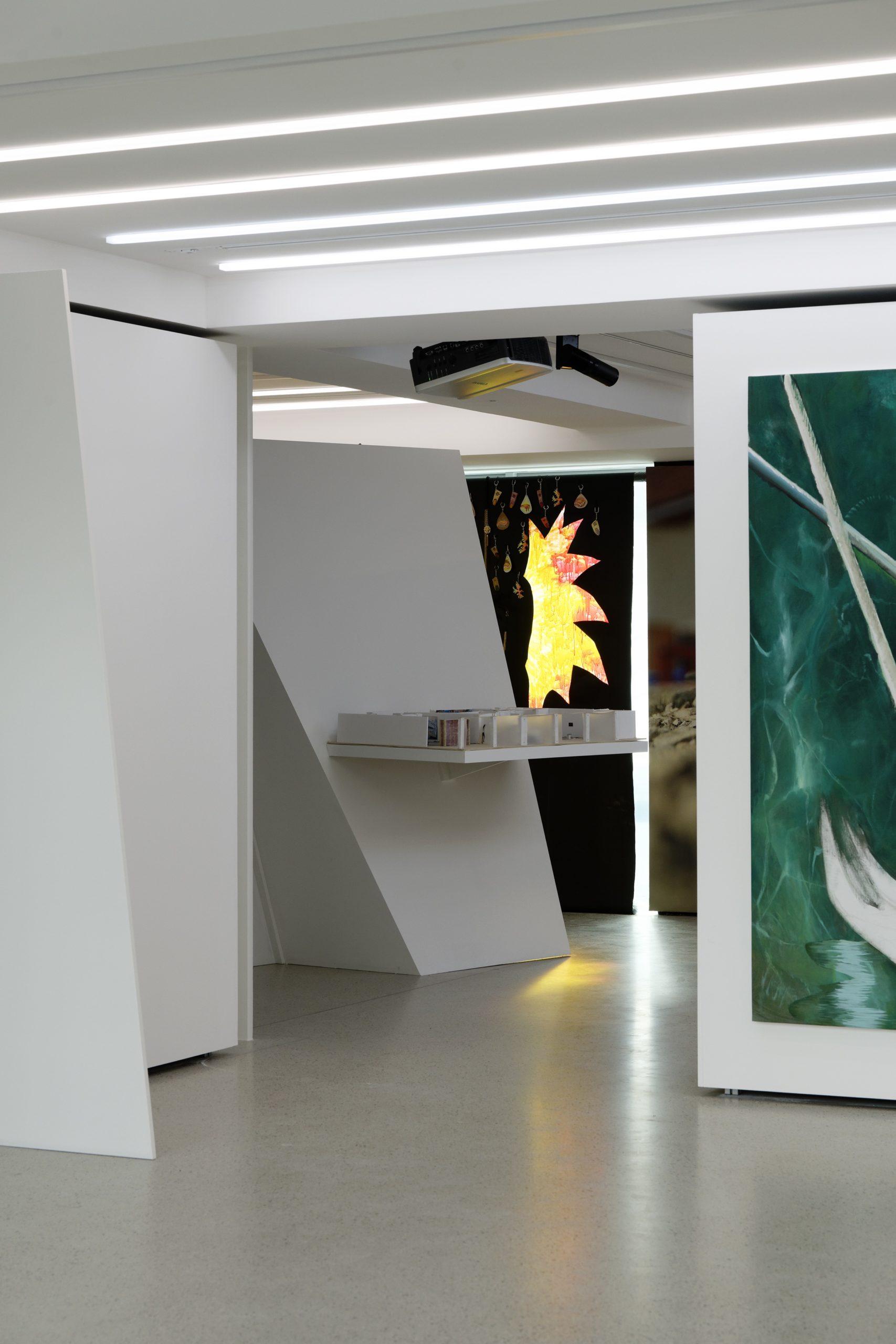Vue de l'exposition Le Juste Prix.@Aurélien Mole : Fondation Pernod Ricard