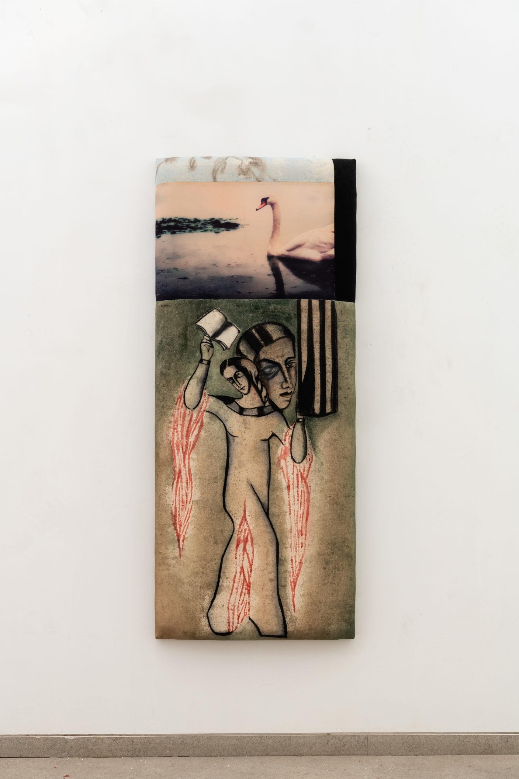Anju Dodiya Swan on fire2021  Sculpture Fusain et aquarelle sur tissu tendu sur planche rembourrée / Charcoal and watercolour on fabric combine stretched on padded board.  122 x 51 x 6 cm – 48 x 20 1/8 x 2 3/8 in, courtesy galerie Templon Paris-Bruxelles